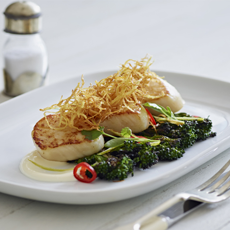Seared Scallops with Crème Fraiché, Grilled Tender Stem Broccoli, Chilli and Fried Ginger