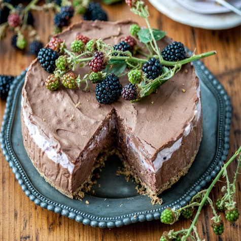 Blackberry & Chocolate Cheesecake